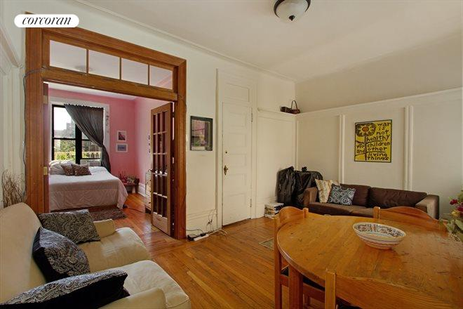 175 CLAREMONT AVE, 32, Living Room