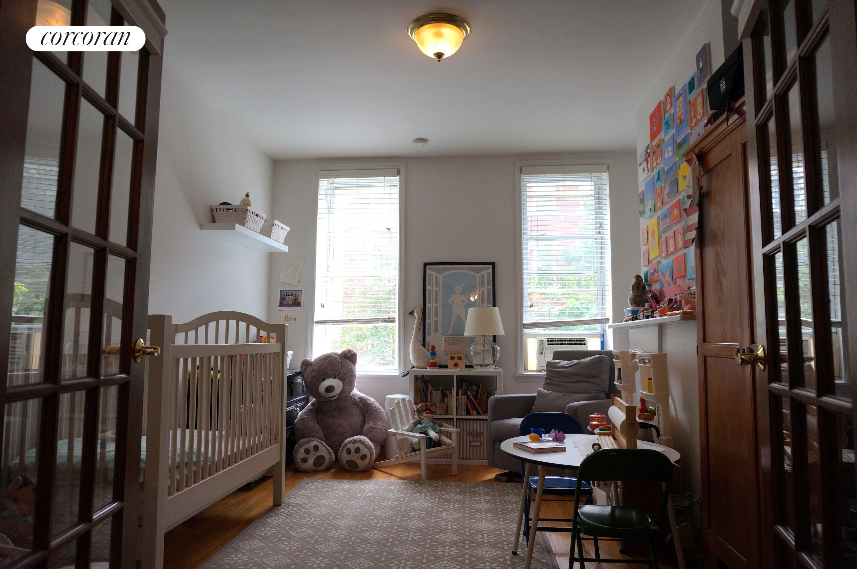 109 North 8th Street, 2L, Bedroom