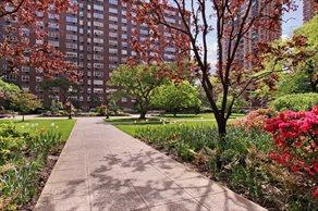 Photo of Coliseum Park Apartments