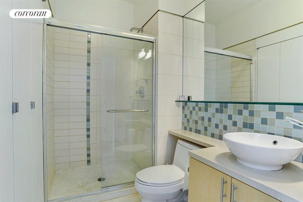 Hall bath with laundry closet