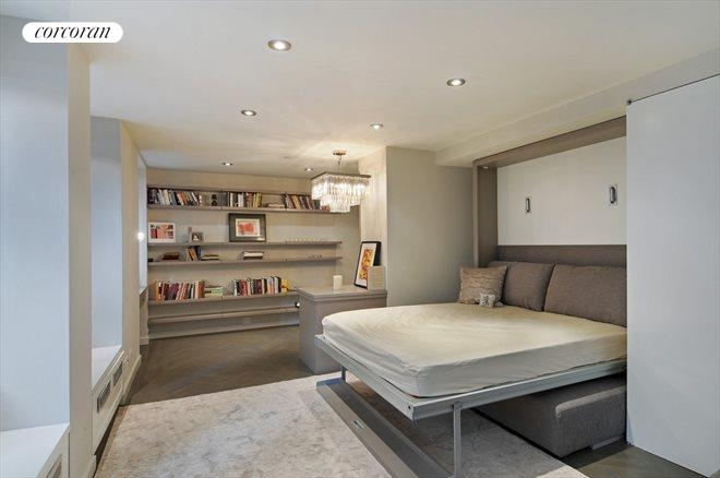 140 East 63rd Street, 4-O, Living/Sleeping Space
