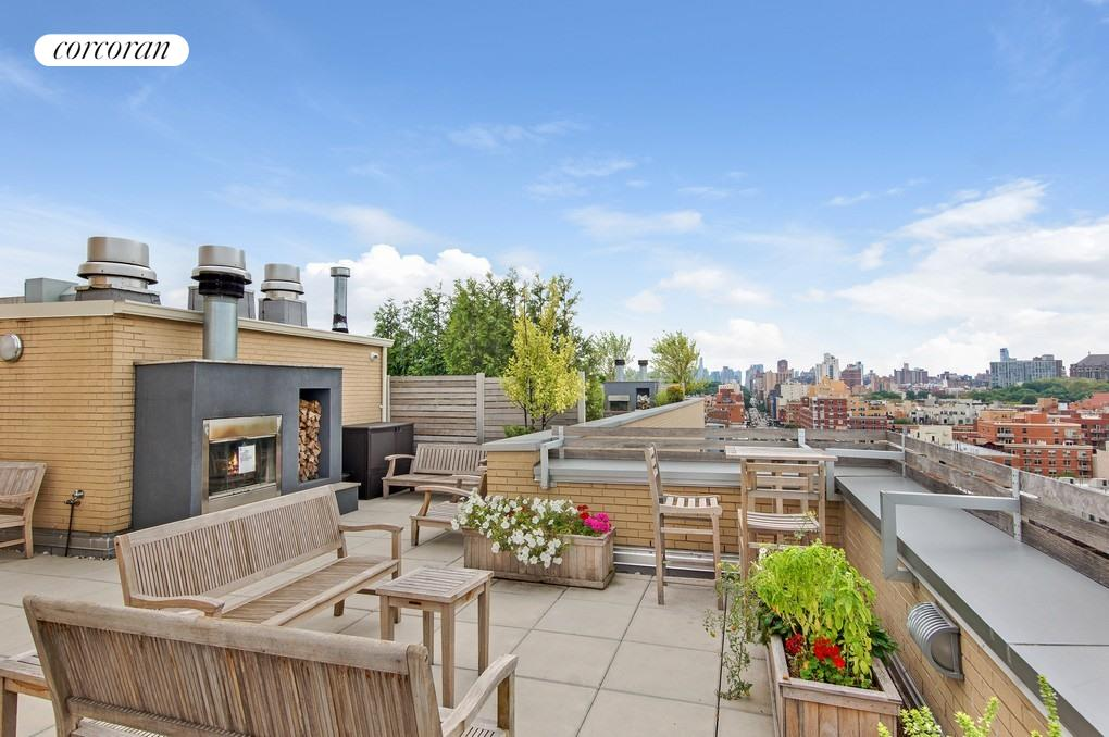 2280 EIGHTH AVE, 8A, Outdoor Space