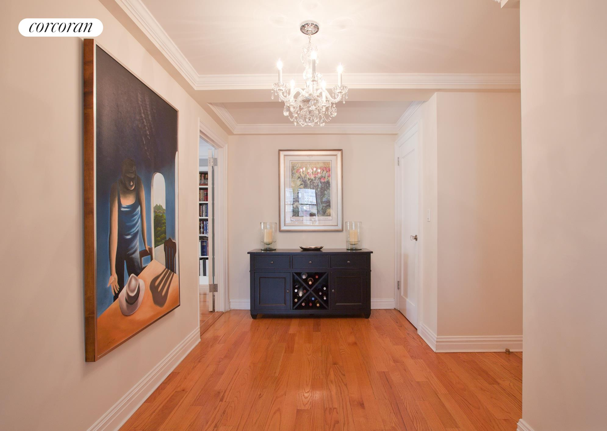 333 East 53rd Street, 9BC, Bright Living and Dining Area