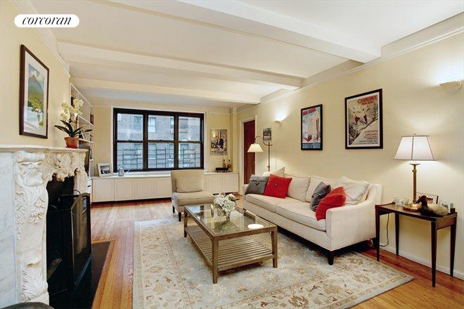 210 East 73rd Street, 6A, Living Room