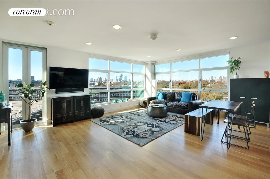 460 Manhattan Avenue, 6A, Living Room/Dining Room