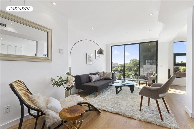 701 Union Street, Penthouse, Large Living Room with Private Balcony