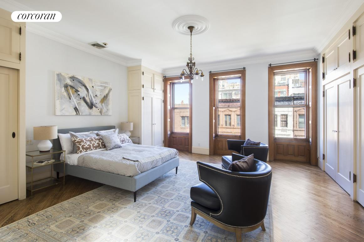 48 West 70th Street, Living Room