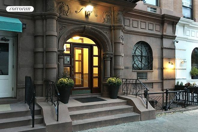 105 West 77th Street, 3E, Beautiful brownstone block!