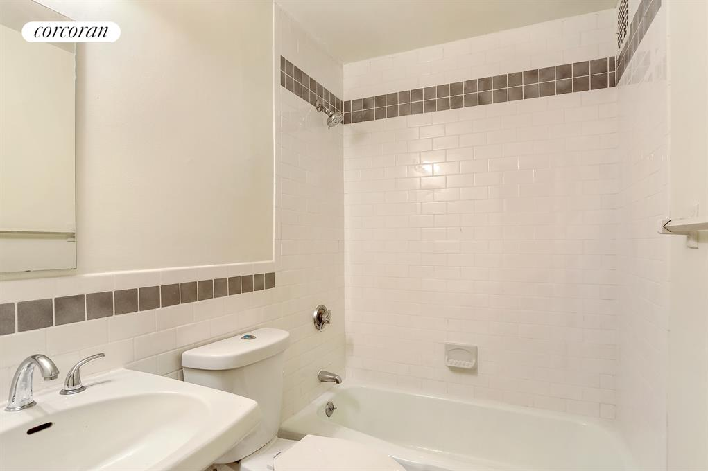 186 West 80th Street, 8C, Just-Renovated Kitchen