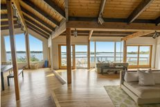 150 West Lake Drive, Montauk