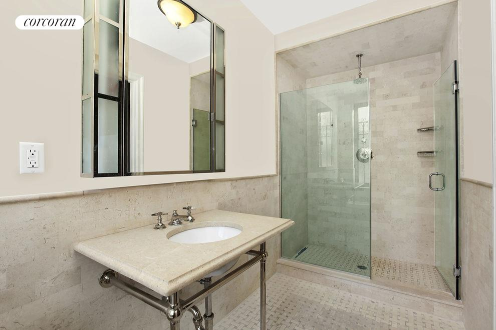 1200 Fifth Avenue, Apt. 1B, Manhattan (1200_FifthAvenue_#1B_Bathroom_CAttias)