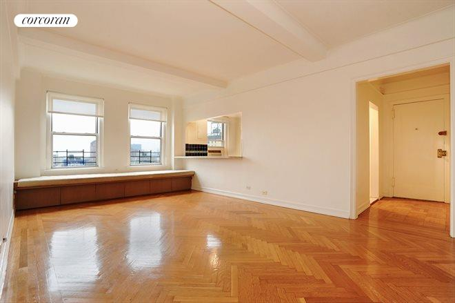 245 West 107th Street, 13G, Living Room