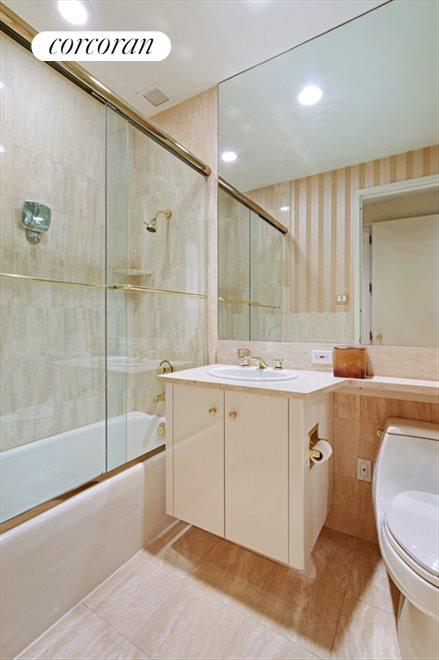 Renovated 2nd Bathroom
