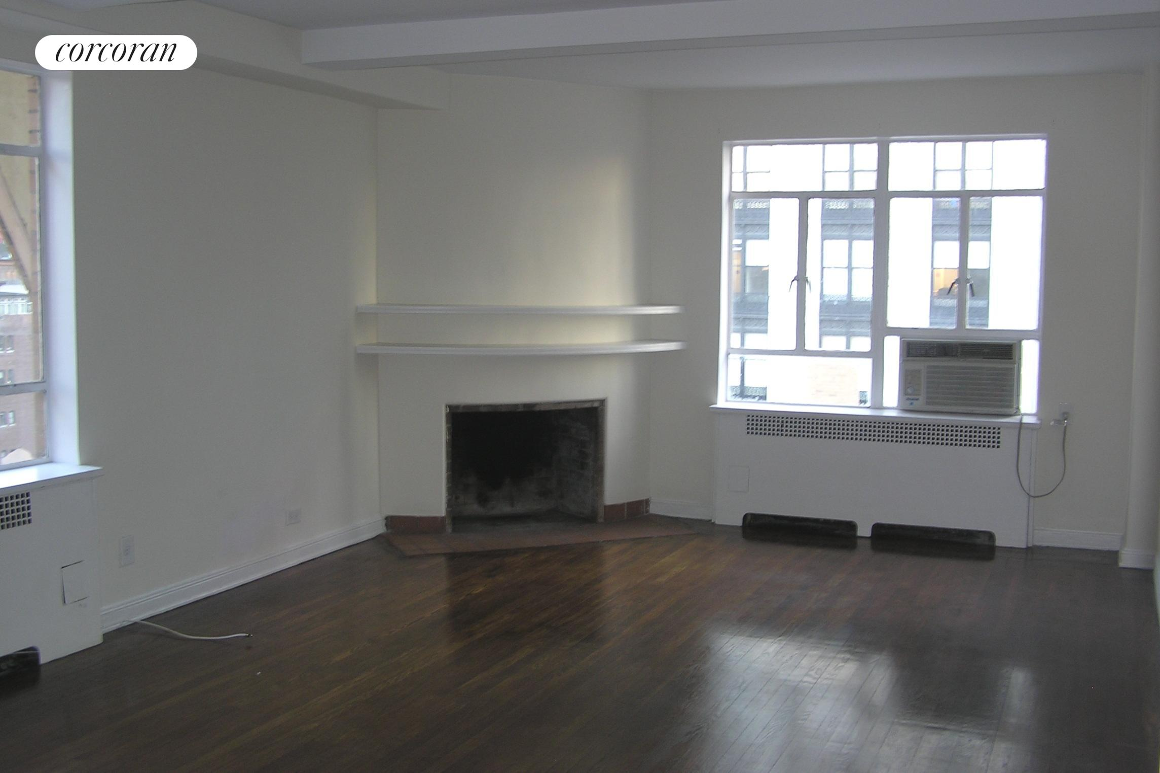 240 Central Park South, 19E, Living Room