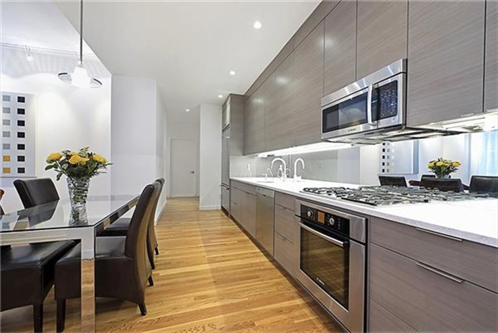 New York City Real Estate | View West 17th Street | room 7