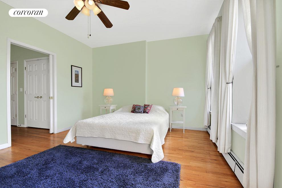 West 119th Street, 64, Manhattan (01 Green Bedroom)