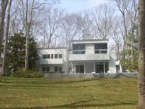 216 Bull Path, East Hampton