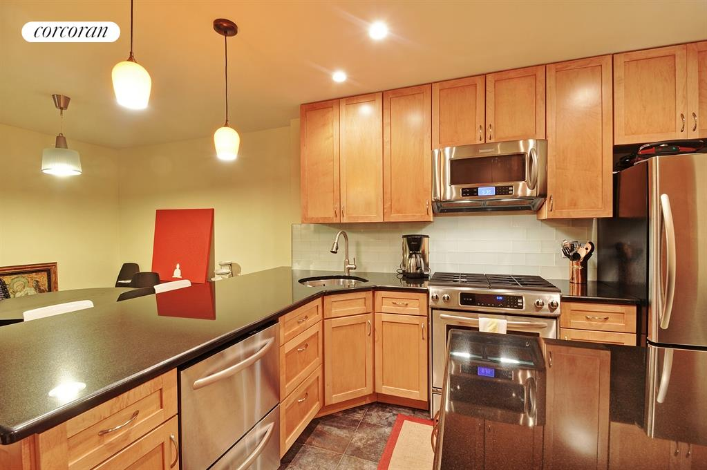 250 Columbia Street, Stainless Steel Kitchen w/Granite