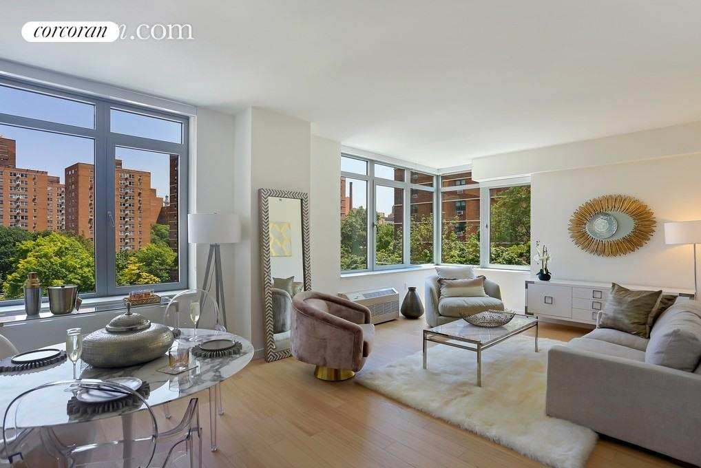 180 Myrtle Avenue, 16N, Living Room