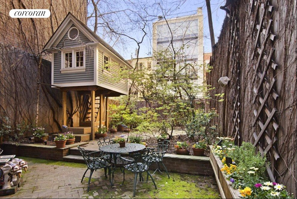 Garden with Tree House