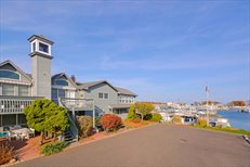 408 West Lake Dr. (The Landings Unit #32), Montauk