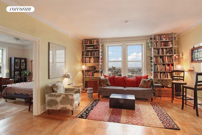 125 Prospect Park West, 6D, Elegant living space...