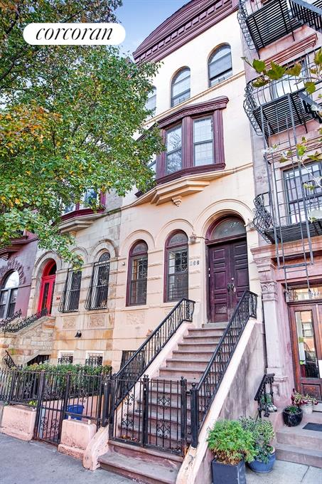 Corcoran 266 west 136th street harlem real estate for Townhouses for sale in harlem