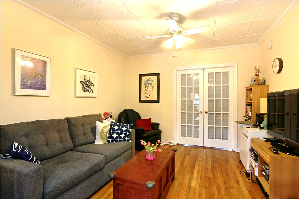 152 Carroll Street, 3, Living Room