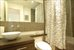 1060 Putnam Avenue, 3L, Bathroom