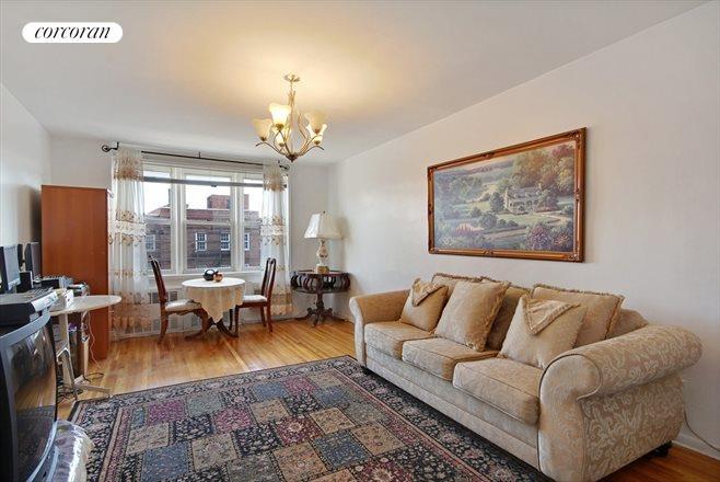 400 East 17th Street, 704, Huge Living Room With Eastern Light