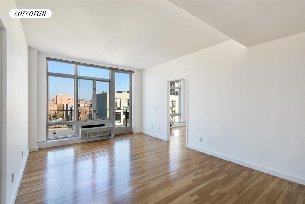 333 East 109th Street, PHE, Open Sky Views from the Bright Living Room