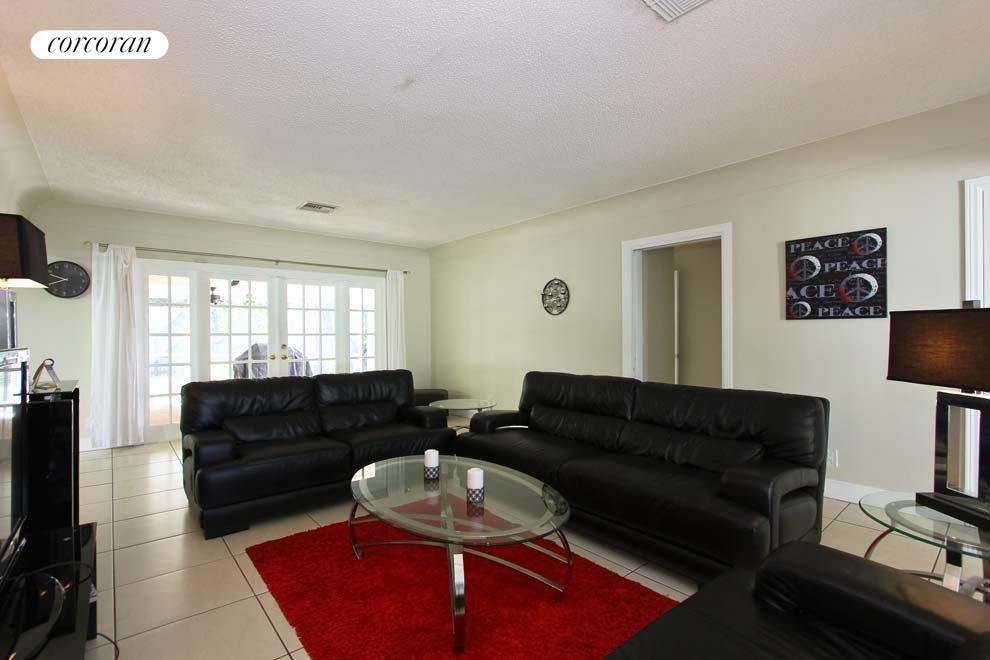South Florida Real Estate | View 331 NE 8th Avenue | room 1