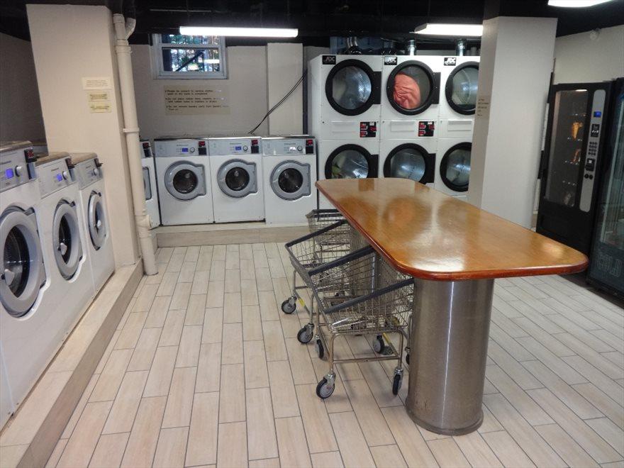 24 hr Laundry Room
