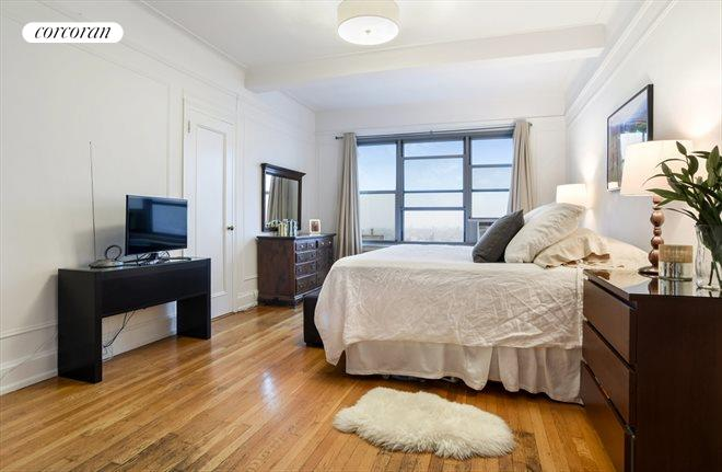 1 Plaza Street West, 11D, Spacious and light...