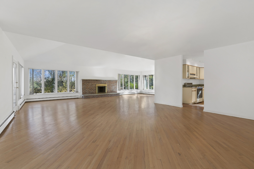 Corcoran, 100 Lighthouse Lane, Southold Real Estate, North Fork For ...