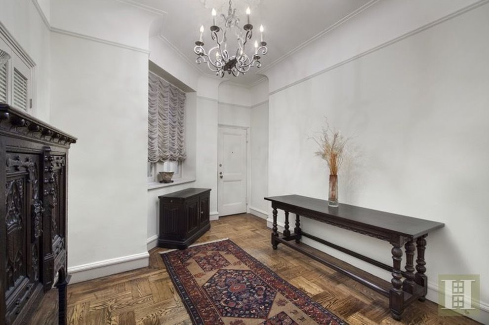New York City Real Estate | View West 58th Street | room 12