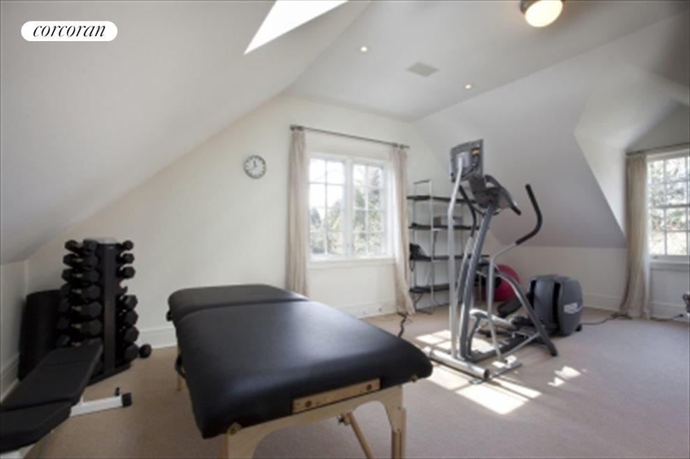 Master bedroom upper gym
