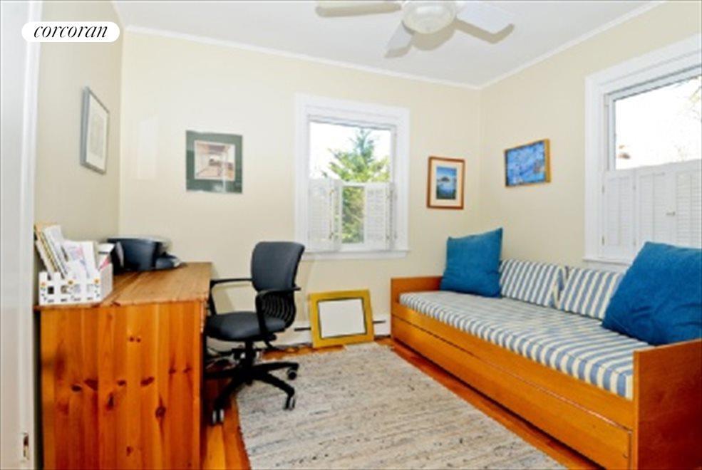 Office (or bedroom 2)