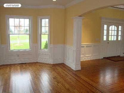 Spacious foyer