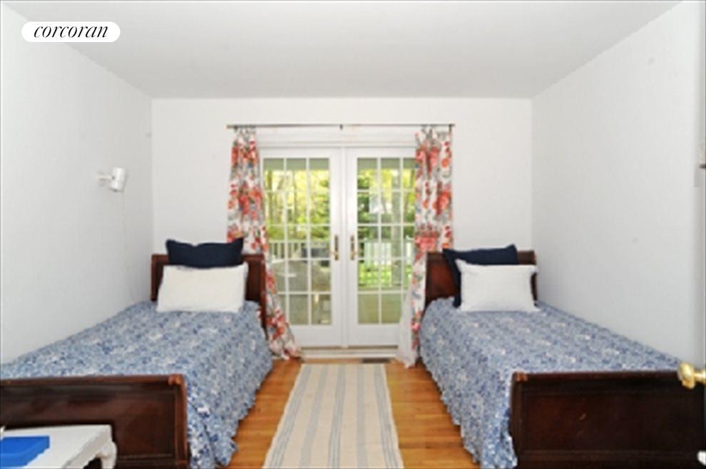 Bedroom/Den