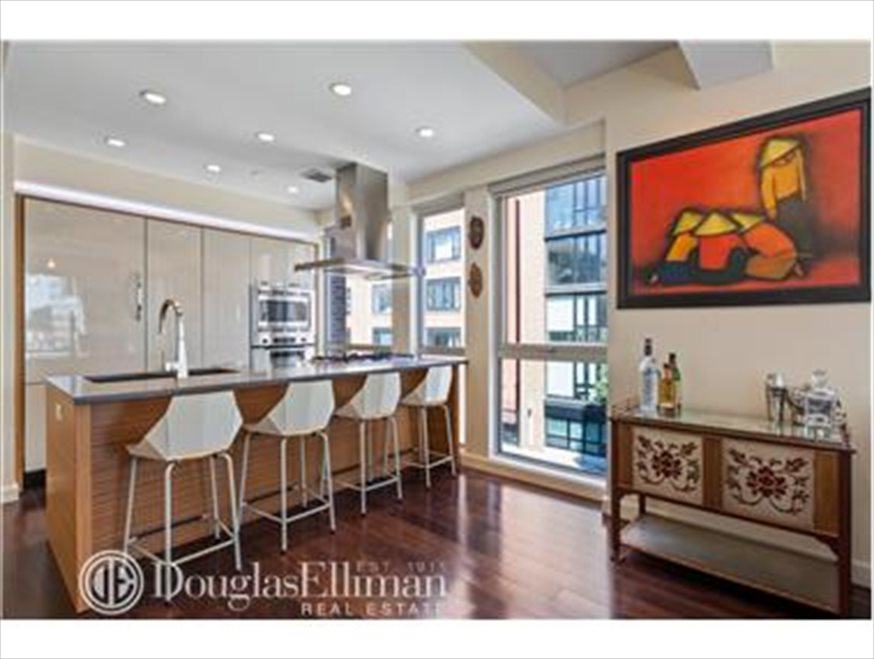 New York City Real Estate | View Berry Street | room 2