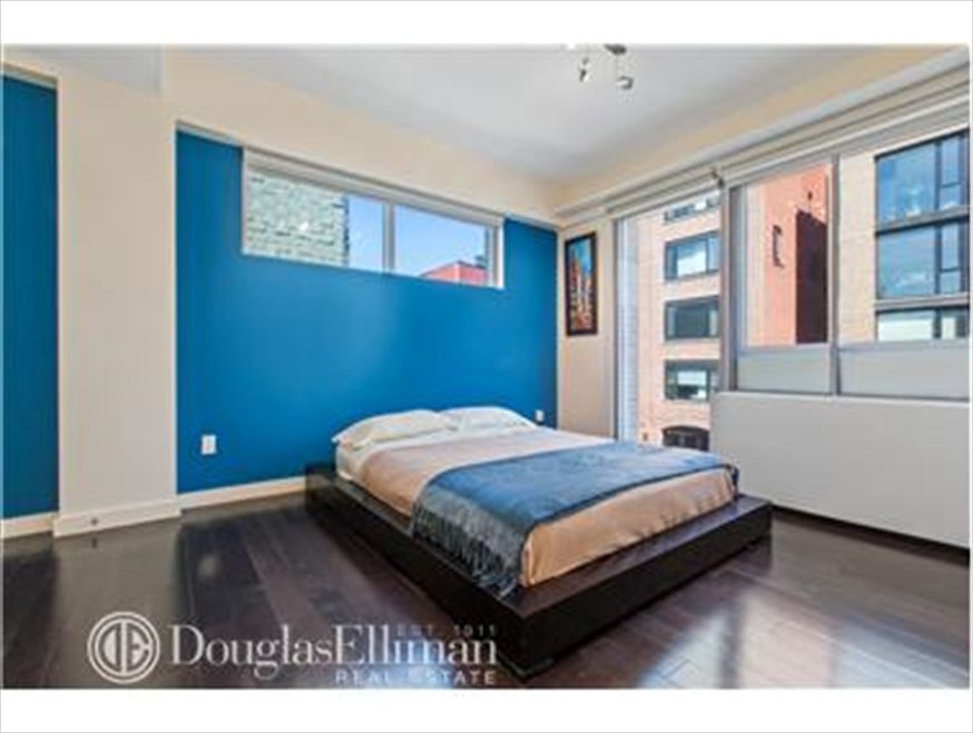 New York City Real Estate | View Berry Street | room 5