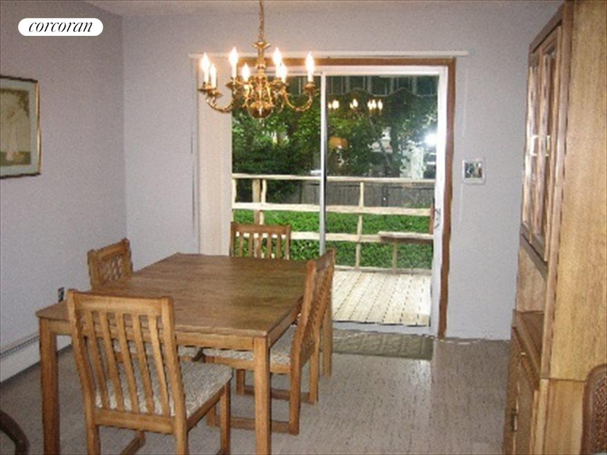 The Hamptons Real Estate | View 20 Hamilton Avenue | Dining area