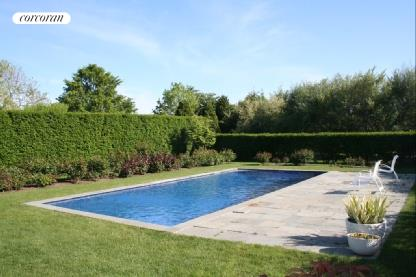 Hedged Pool Area