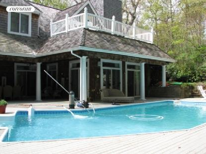 Back of House with Pool