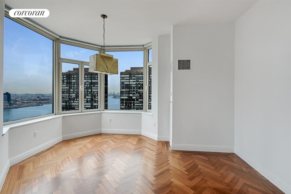 400 East 51st Street, 27B, Living Room