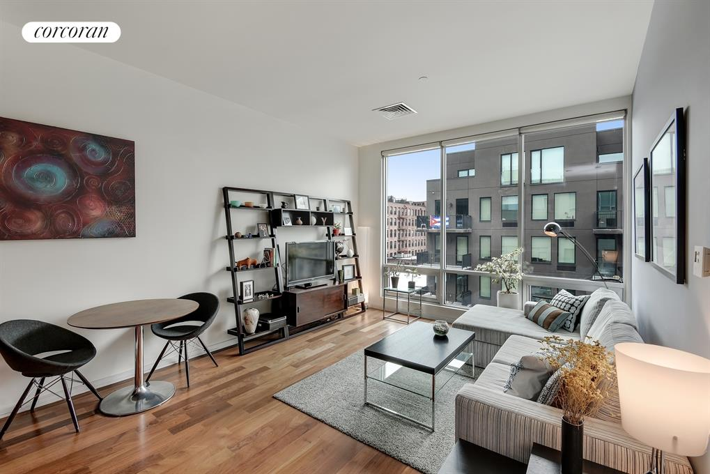 170 North 11th Street, 5F, Living Room