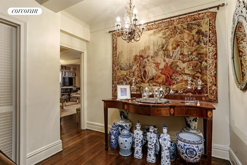 419 East 57th Street, 14D, Foyer