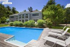 28 Crooked Highway, East Hampton