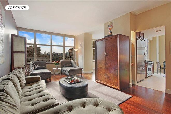 181 East 90th Street, 20A, Living Room